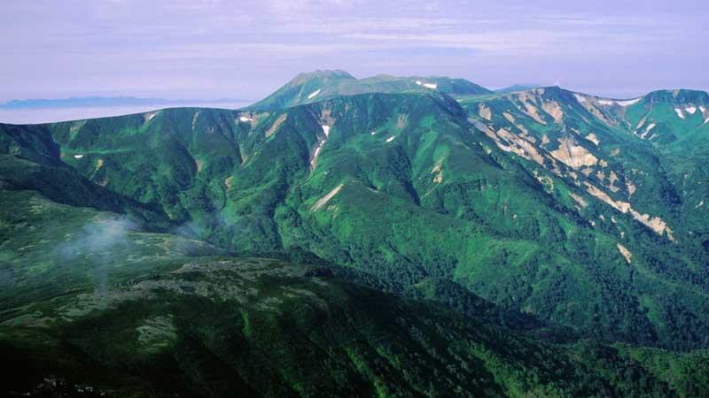 トムラウシ山の登山口+山登り準備なび~登山道・持ち物・登山用品