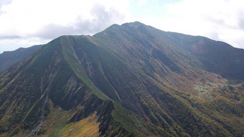 幌尻岳の登山口+山登り準備なび~登山道・持ち物・登山用品