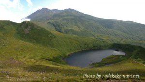 鳥海湖と鳥海山