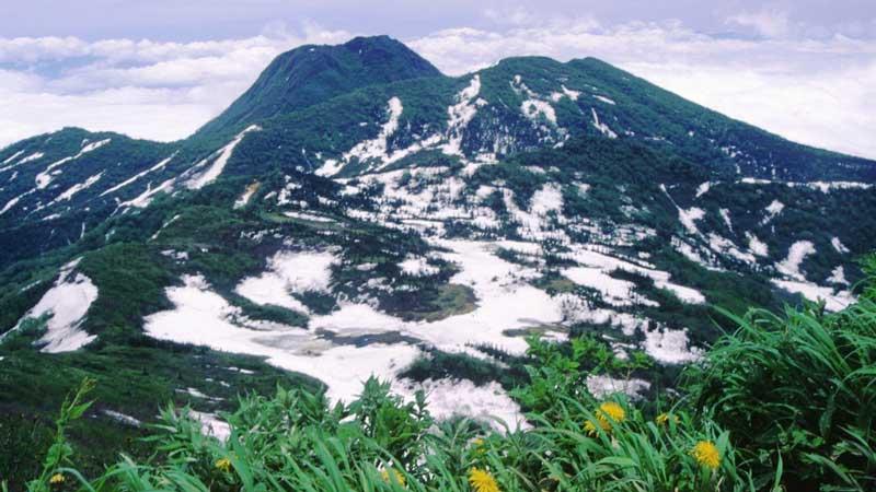 妙高山の登山口+山登り準備なび~登山道・持ち物・登山用品