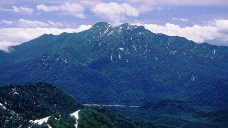 高妻山の登山口+山登り準備ガイド【登山道・持ち物・登山用品】