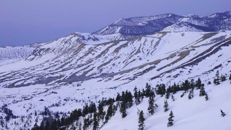 草津白根山の登山口+山登り準備ガイド【登山道・持ち物・登山用品】