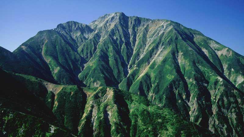 五竜岳の登山口+山登り準備ガイド【登山道・持ち物・登山用品】