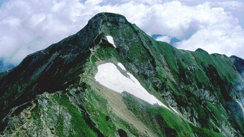 鹿島槍ヶ岳の登山口+山登り準備なび~登山道・持ち物・登山用品