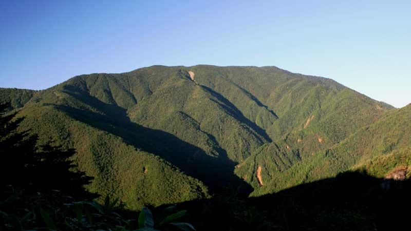 恵那山の登山口+山登り準備なび~登山道・持ち物・登山用品