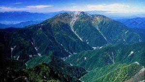 北岳から望む仙丈ヶ岳