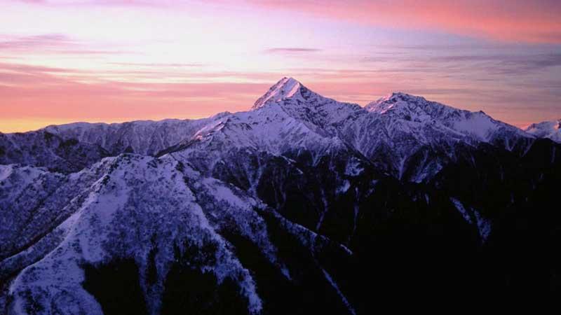 駒津峰から望む北岳