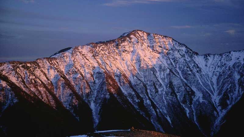荒川岳(東岳=悪沢岳)の登山口+山登り準備なび~登山道・持ち物・登山用品