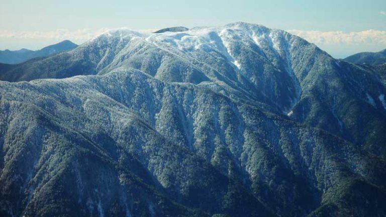 聖岳から望む光岳