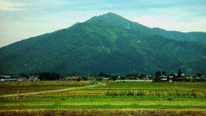 大野市から望む荒島岳