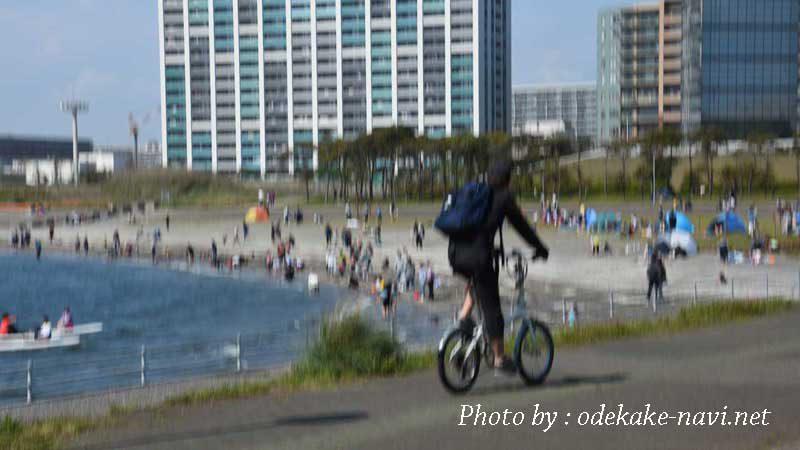千葉ポートパークをサイクリング