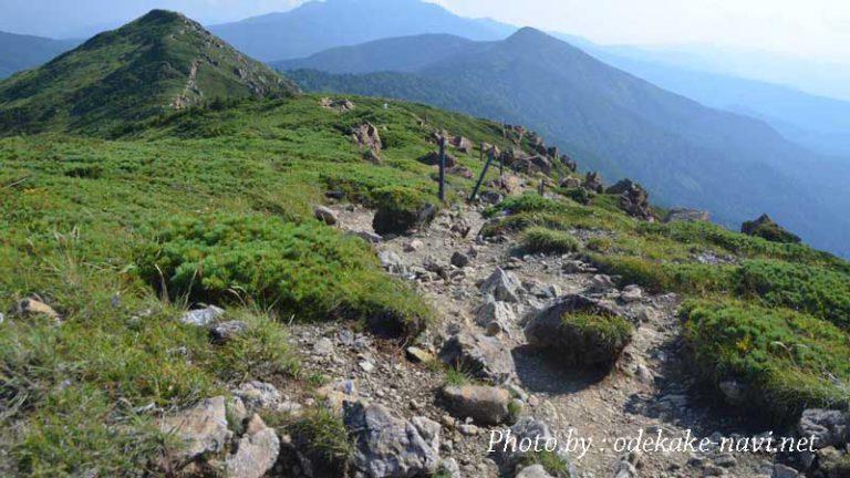 至仏山登山道